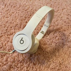 Solo Beats by Dr. Dre